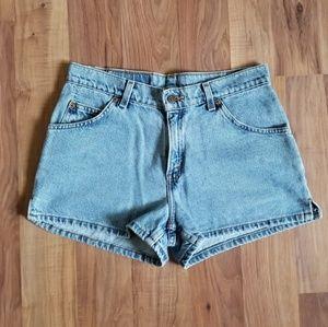 Levi's Shorts - Vintage Levi's Highwaisted Shorts